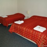 Motel Queen & King Single beds